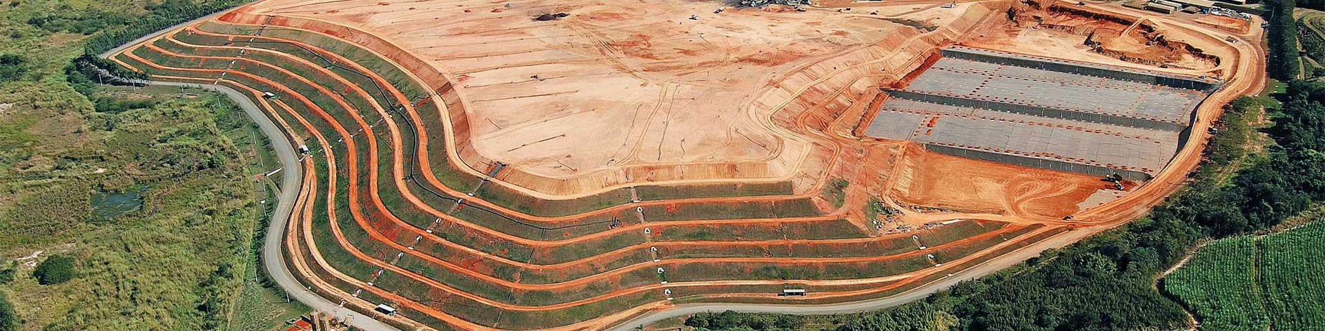 http://ambientalplanengenharia.com.br/wp-content/uploads/2013/11/testeira-planejamento-ambiental1-1920x480.jpg